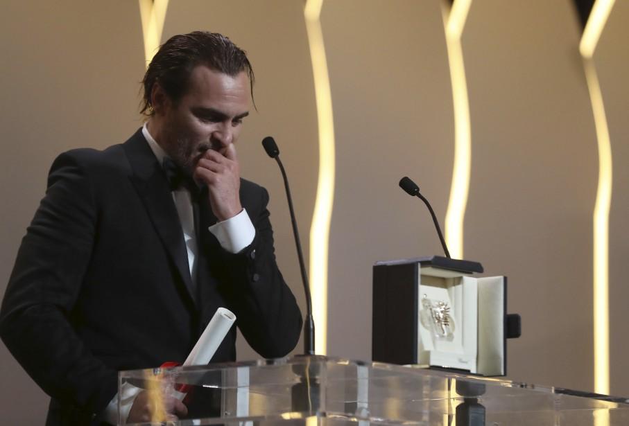 L'acteur Joaquin Phoenix était très surpris de recevoir le prix d'interprétation masculine pour le filmYou Were Never Really Here. | 28 mai 2017