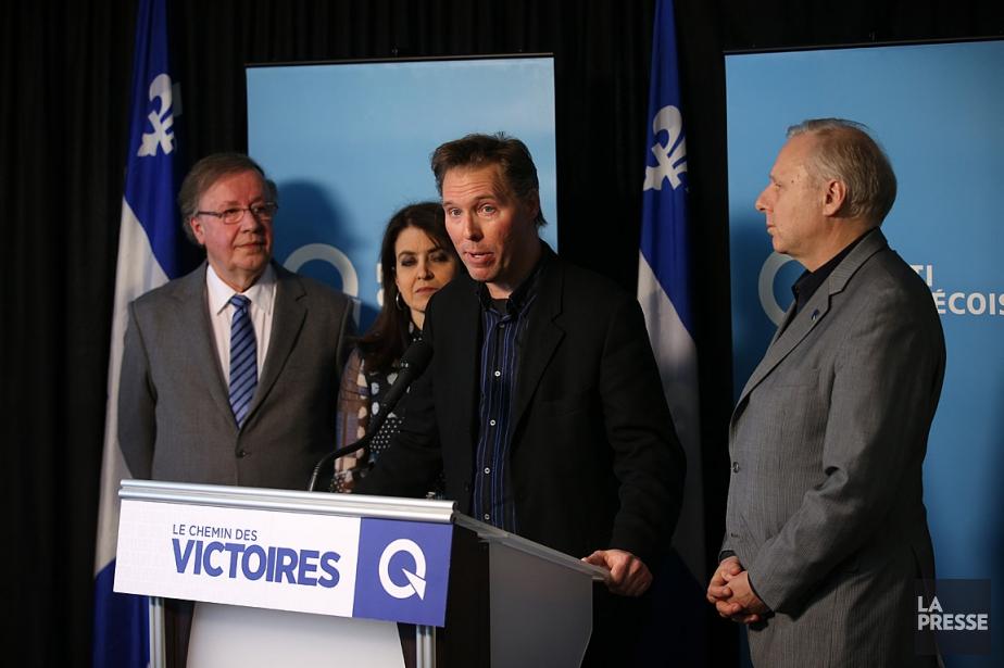 François Roberge (au centre) était avec le chef... (PHOTO MARTIN CHAMBERLAND, ARCHIVES LA PRESSE)