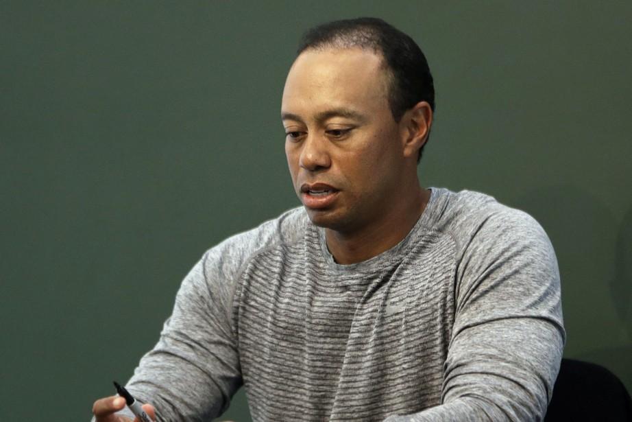 Tiger Woods a dit aux policiers qu'il avait... (PHOTO AP)