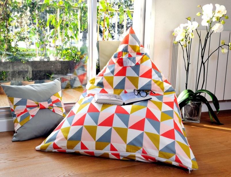 fauteuils poire. Black Bedroom Furniture Sets. Home Design Ideas