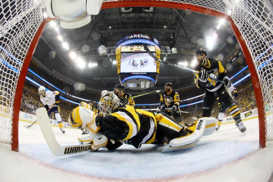 Le gardien des Penguins Matt Murraya été nettement... (Photo USA Today Sports)