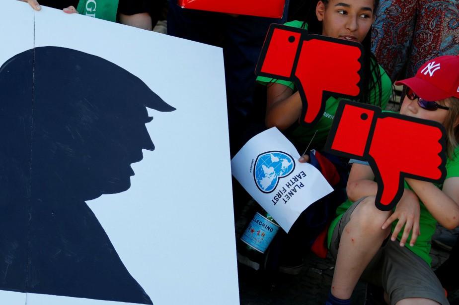 Jeudi, le président républicain Donald Trump annonçait que... (Photo Fabrizio Bensch, REUTERS)