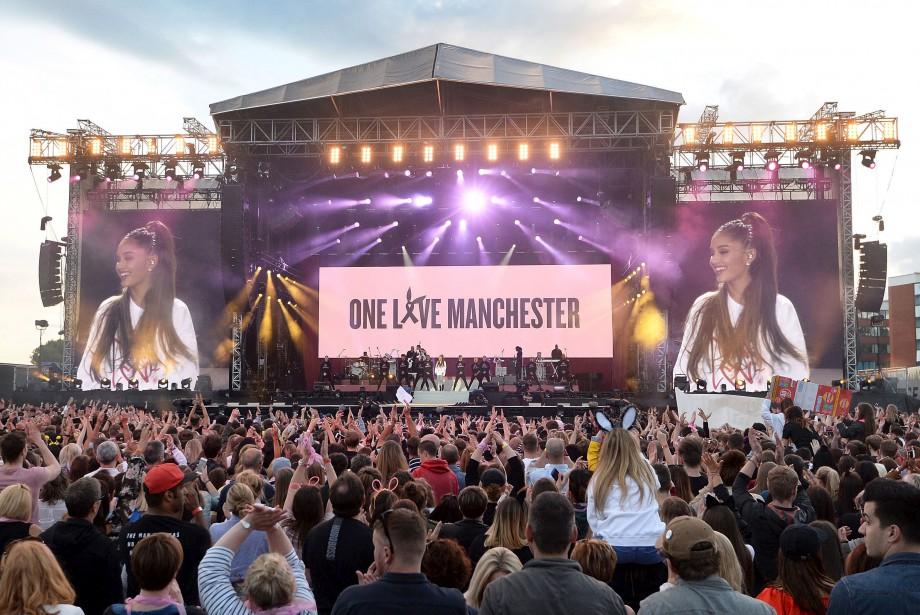 50 000 personnes ont assisté au concert commémoratif One love... | 2017-06-04 00:00:00.000