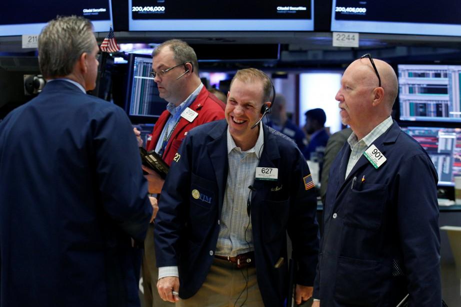 Le Dow Jones perdait 0,06% et le Nasdaq... (PHOTO REUTERS)