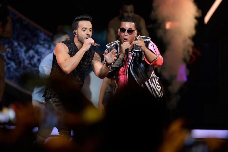 Luis Fonsi et Daddy Yankee... (Photo Lynne Sladky, Associated Press)