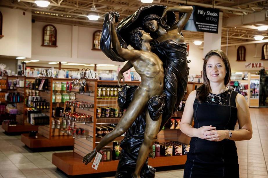 Édith Arsenault, vice-présidente de Boutique Séduction, située boulevard... (Photo Alain Roberge, La Presse)