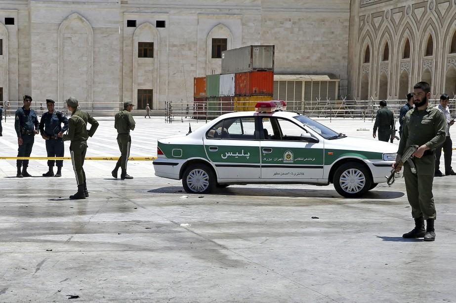 L'attaque de mercredi est la première revendiquée par... (PHOTO Ebrahim Noroozi, AP)