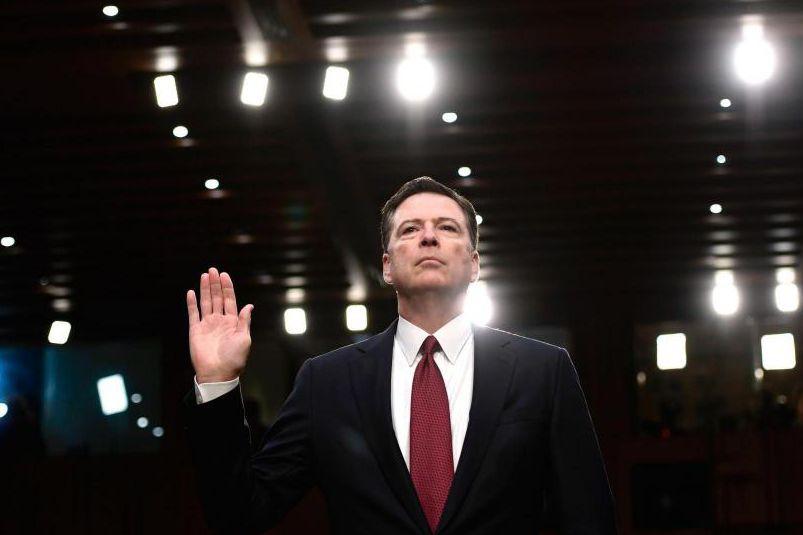 L'ex-directeur du FBI James Comey a dépeint le... (PHOTO AFP)