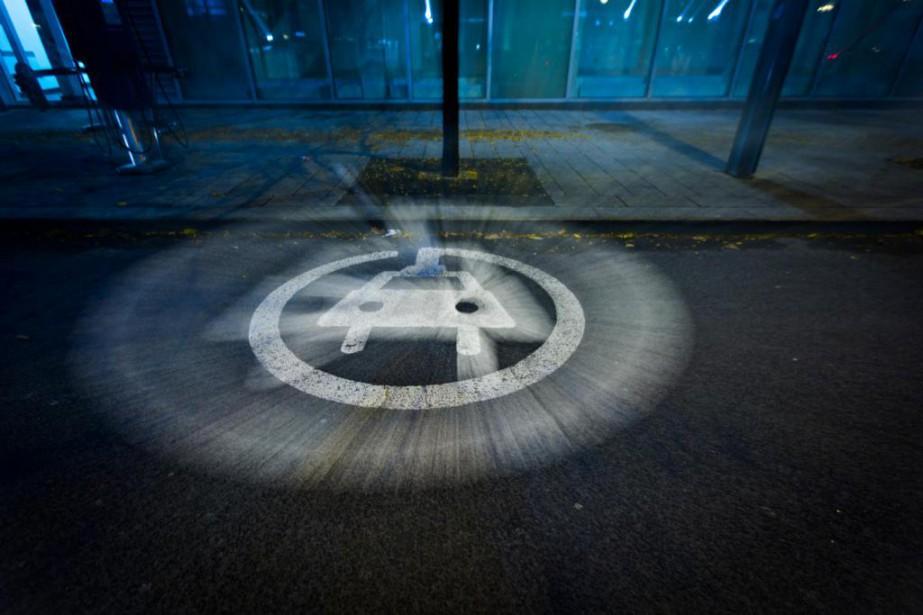 Un espace public dédié à la recharge de... (Photo Olivier Jean, archives La Presse)
