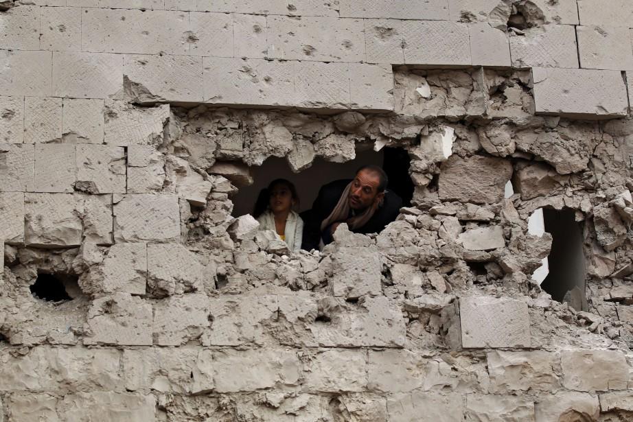 Al-Qaïda et le groupe État islamique ont profité... (AFP)