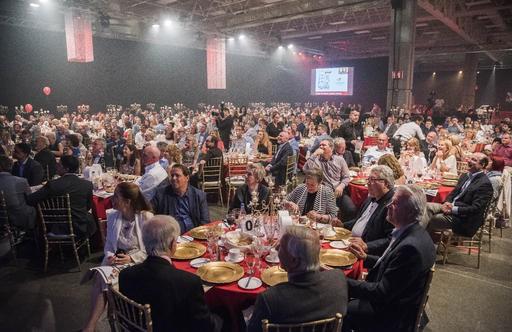 Le souper-spectacle de la Fondation du CHUS a eu lieu mercredi soir au Centre de foires. (Spectre Média, Frédéric Côté)