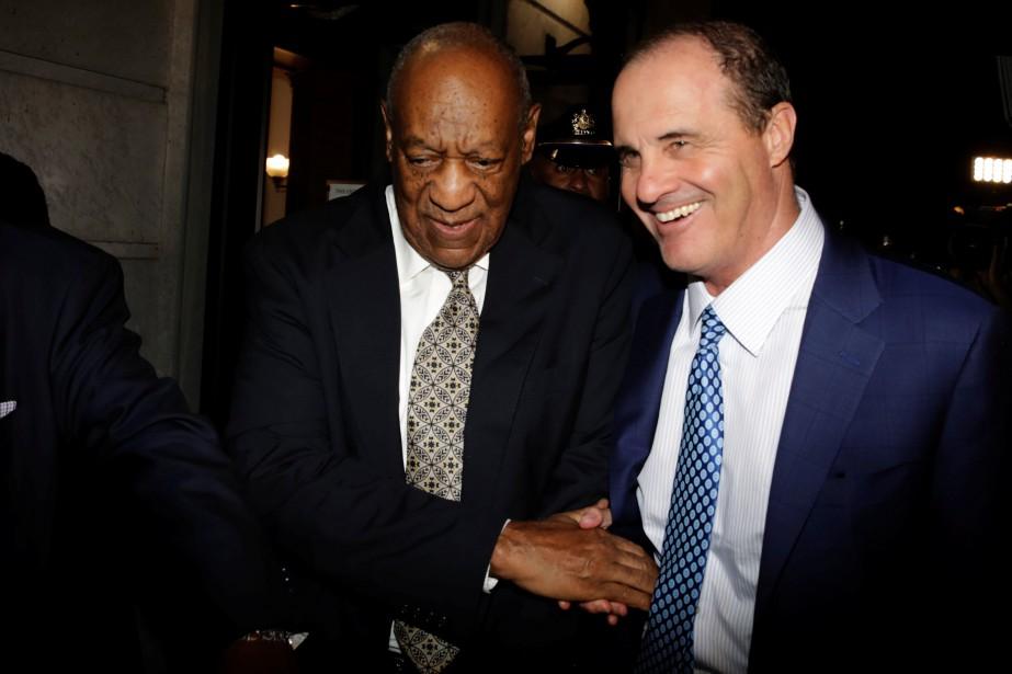 Bill Cosby et son avocat Brian McMonagle à... (PHOTO REUTERS)
