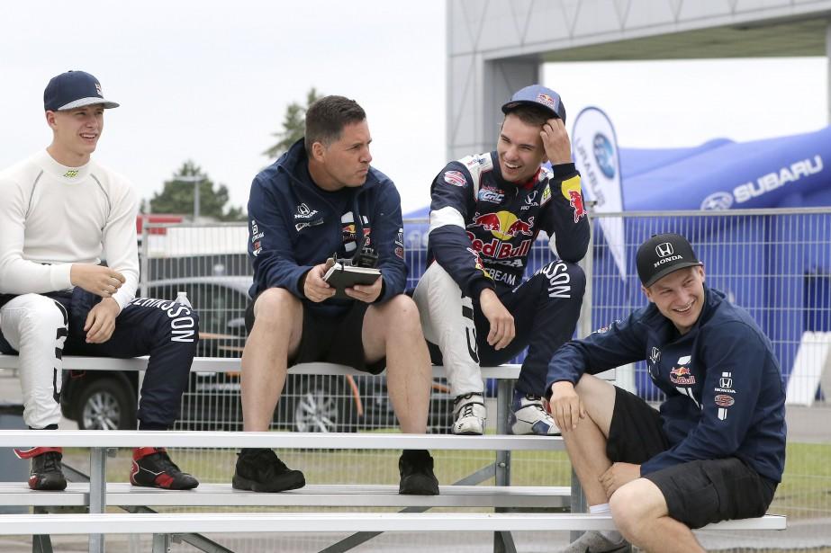 L'écurie Red Bull attend de pouvoir aller en piste. | 16 juin 2017