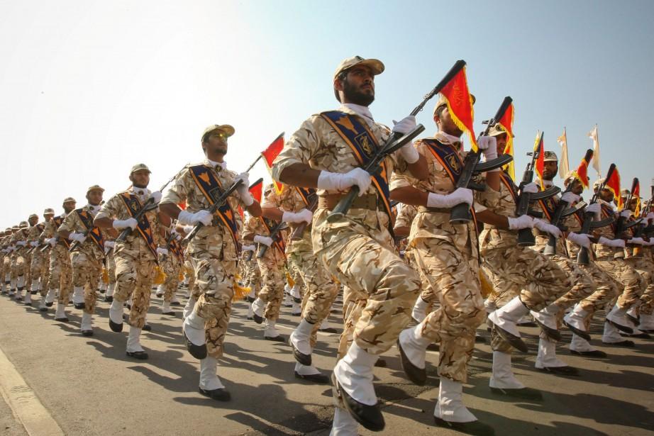 Parade desGardiens de la révolution islamique à Téhéran... (ARCHIVES REUTERS)