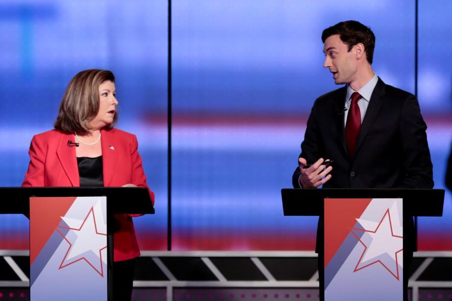 L'élection en Géorgie oppose la républicaine Karen Handel... (PHOTO REUTERS)