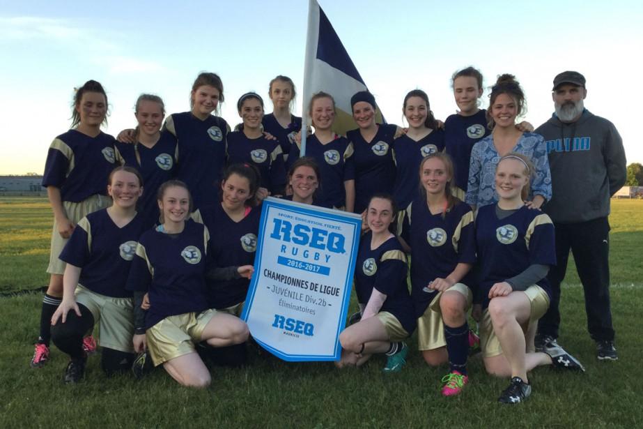 Rugby : Académie les Estacades. Juvénile féminin. Championnes des séries. | 20 juin 2017