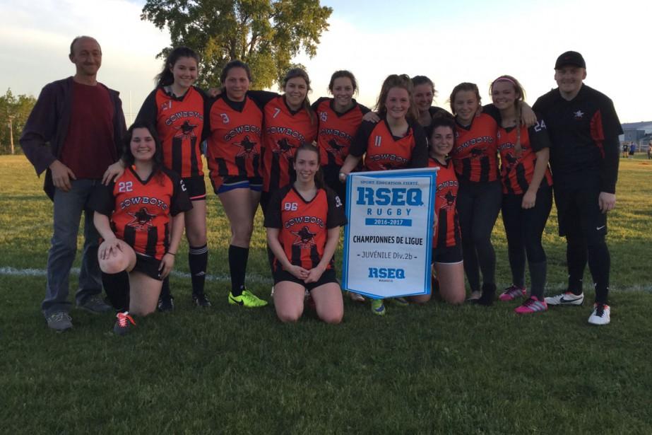 Rugby:  École Paul-Le Jeune. Juvénile féminin. Championnes de ligue. | 20 juin 2017
