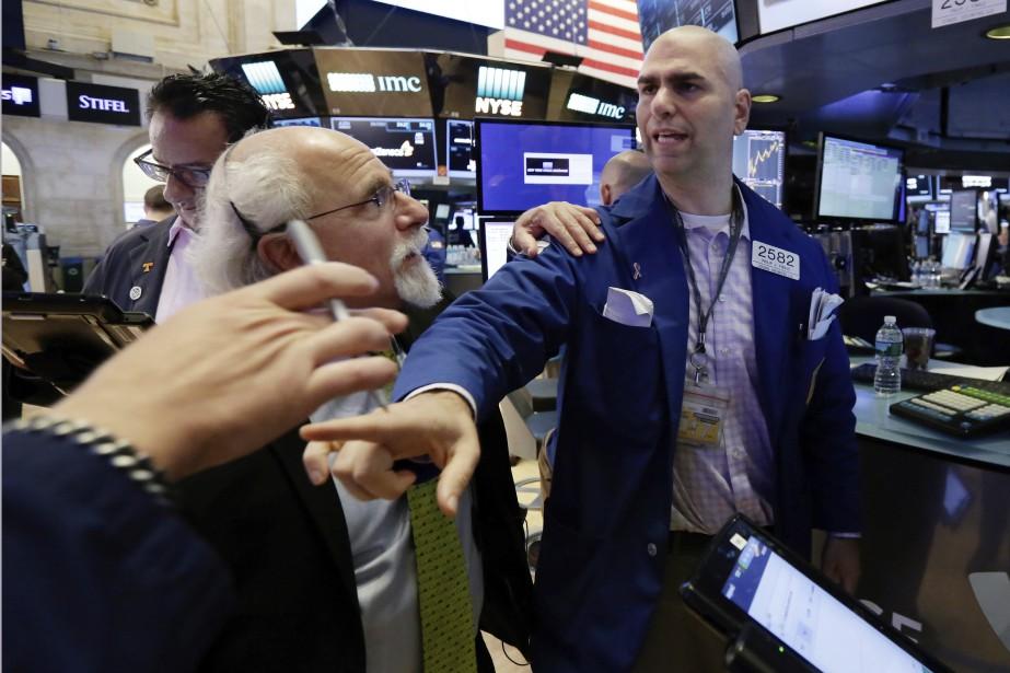Le Dow Jones et le S&P 500 avaient... (Photo AP)