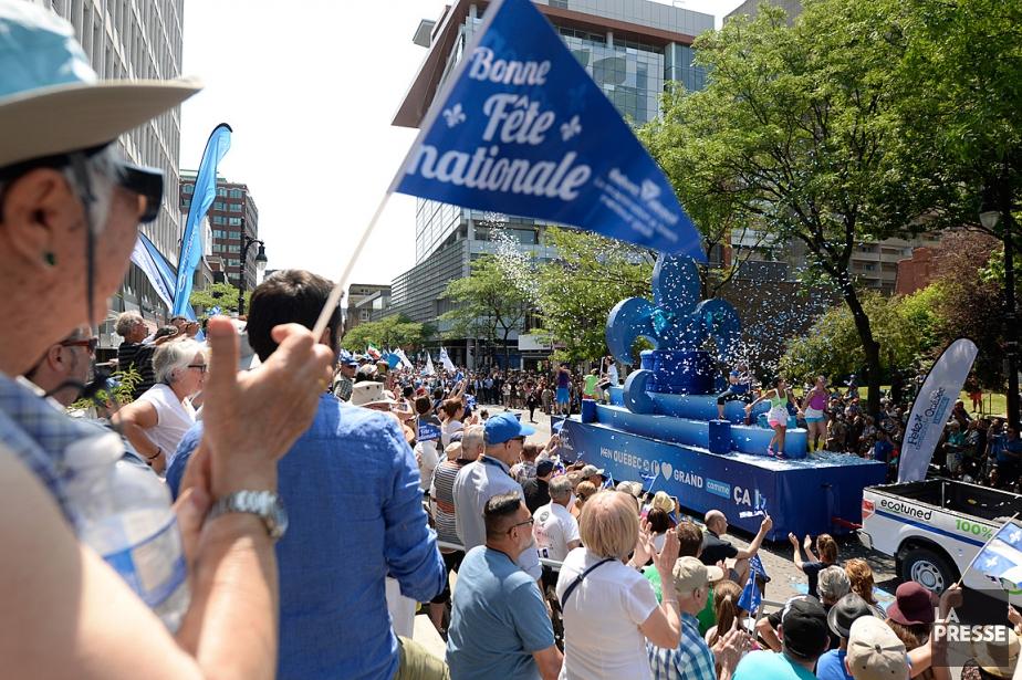 Le défilé de la fête nationale aura lieu... (PHOTO BERNARD BRAULT, ARCHIVES LA PRESSE)