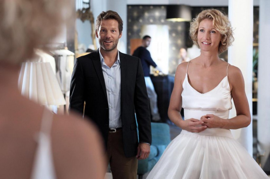 Jamie Bamber et Alexandra Lamy dans L'embarras du... (Photo : AZ Films)