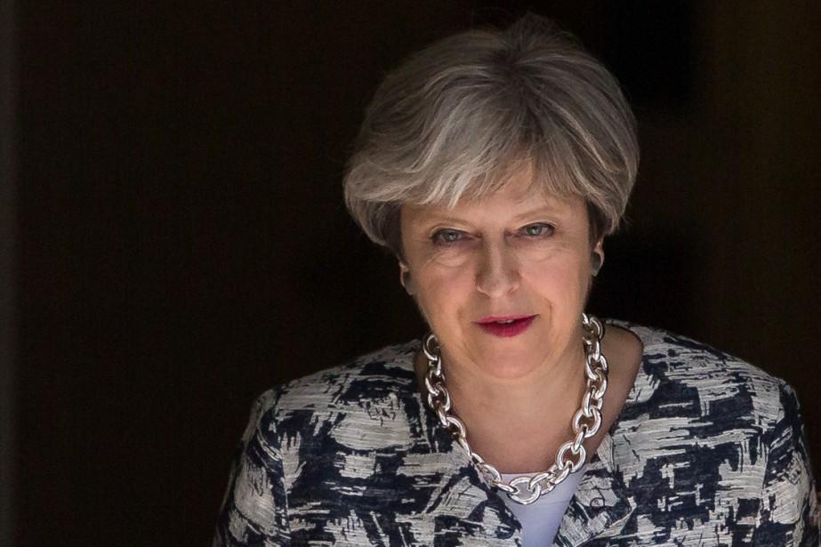 Theresa May... (PHOTO DANIEL LEAL-OLIVAS, AGENCE FRANCE-PRESSE)