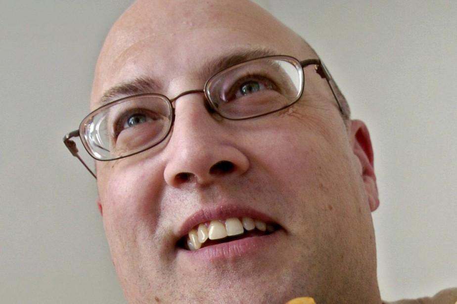 Jeff Nevillea été poignardé, mercredi, à l'aéroport international... (PHOTO AP)