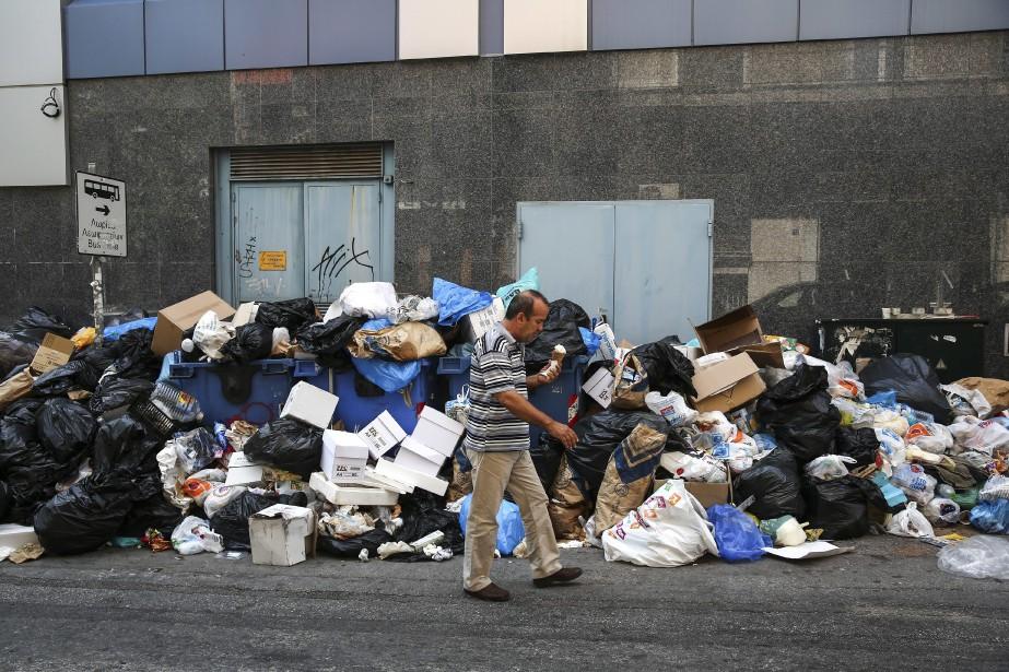La fin du mouvement, qui a plongé des... (Photo Yorgos Karahalis, Associated Press)