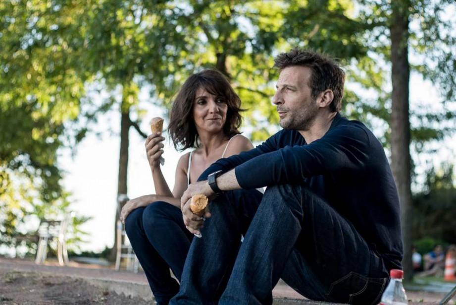 Florence Foresti et Mathieu Kassovitz dansDe plus belle... (Photo fournie par MK2 | MILE END)