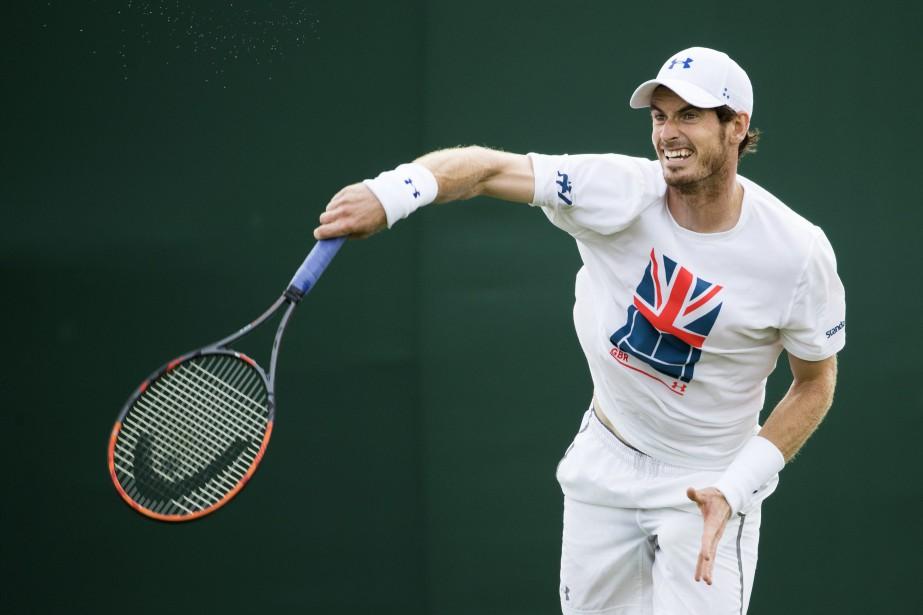 Andy Murrayentreprendra le tournoi contre Alexander Bublik, repêché... (Photo Peter Klaunzer, AP)