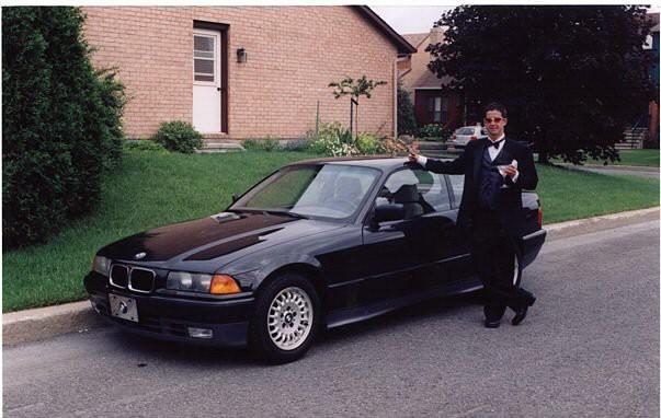 Sa première voiture : «Une BMW318is 1995, deux portes. J'avais 16ans et aucune expérience de conduite (...) je n'étais pas le meilleur pilote. Elle m'a coûté cher en réparations...» ()