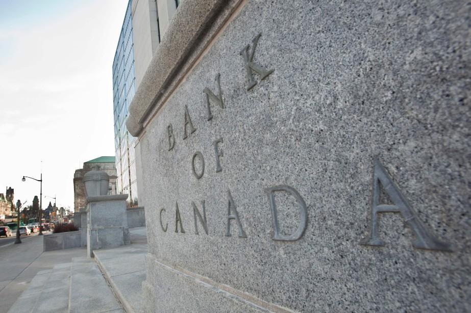 Plusieurs analystes prédisent une hausse des taux d'intérêt... (AFP)