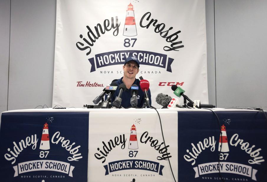 Sidney Crosby s'est adressé aux journalistes, mercredi, dans... (Photo Darren Calabrese, PC)