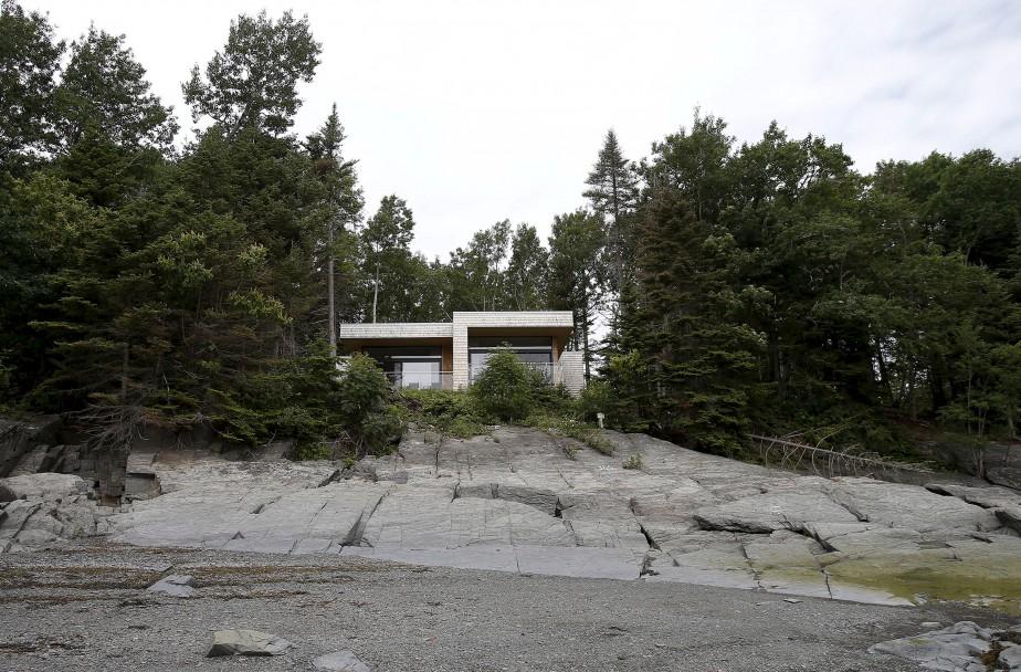 Un des chalets qu'il est possible de louer à l'Île-aux-Lièvres. Entièrement équipé, il permet à ses locataires d'être auto-suffisants. (Le Soleil, Yan Doublet)