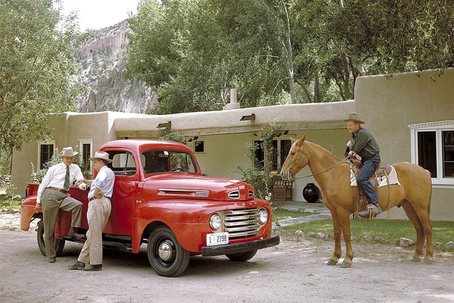 1948 : Ford a dévoilé le pick-up F-1 le 16 janvier 1948. Ce premier véhicule de la Série F est l'ancêtre du F-150. (Photo : archives Ford)