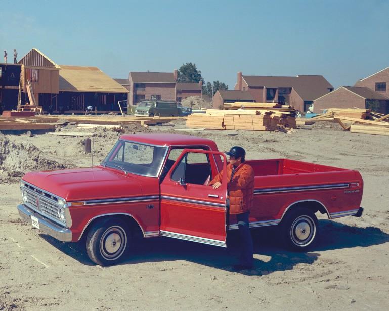 1975 : Un Ford F-150 utilisé par un entrepreneur en construction (Photo : archives Ford)
