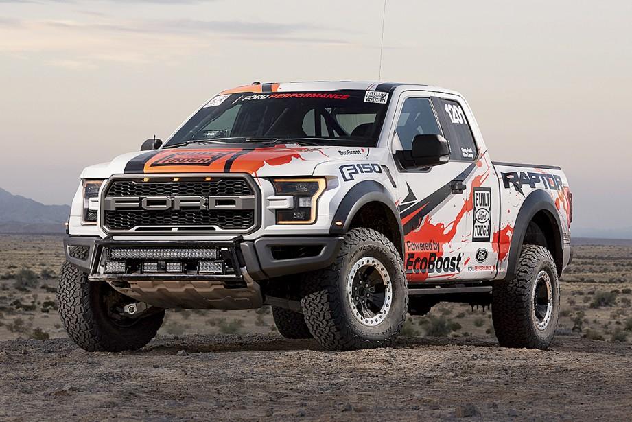 2017 : le dernier né de la famille, le F-150 Raptor, participera à la 49e édition du Rallye Baja 1000, au mois de novembre. (Photo : Ford)