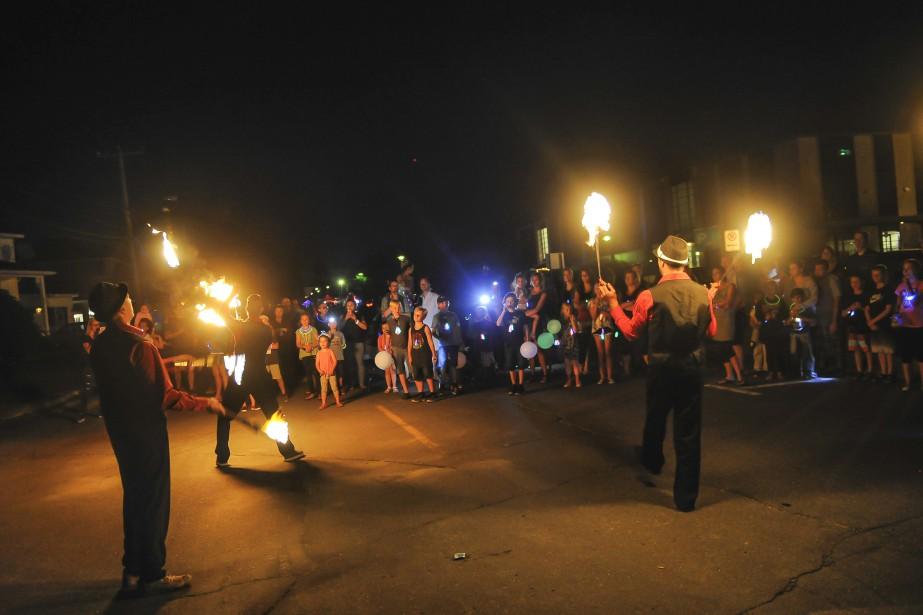 Le parcours illuminé a été l'une des activités les plus populaires. | 16 juillet 2017