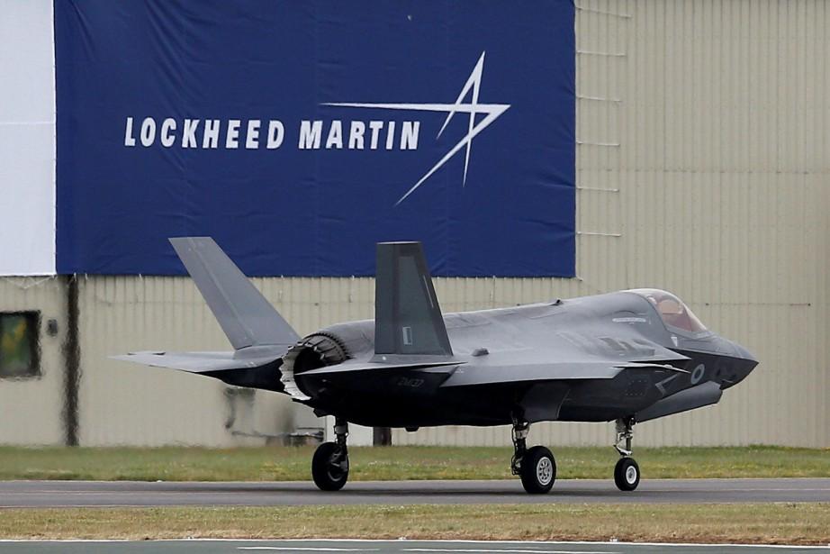 Le cours de l'action de Lockheed Martinprogressait de... (REUTERS)