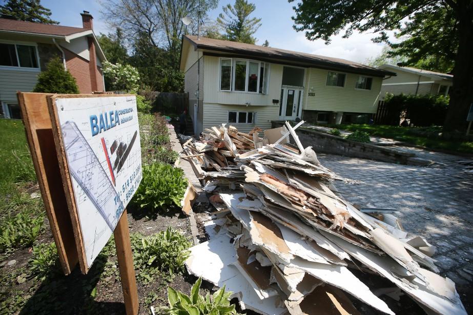 Pour déterminer si une résidence endommagée devra être... (PHOTO Martin Chamberland, LA PRESSE)