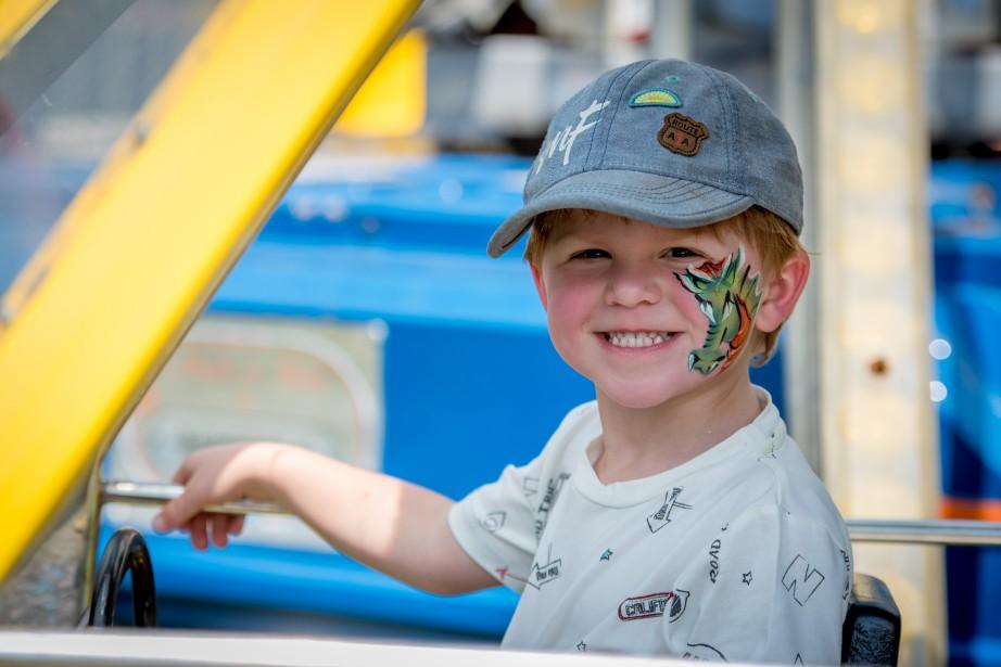 Plusieurs enfants en ont profité pour se faire maquiller à la Fête du lac. (Spectre Média, André Vuillemin)
