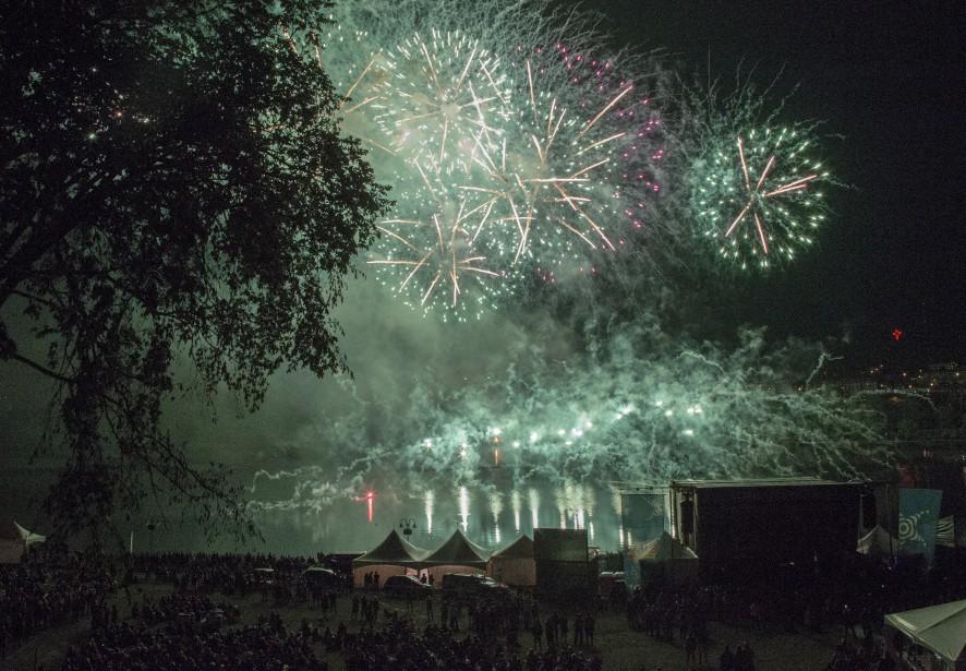 Les feux d'artifice sont un incontournable de la Fête du lac. (Spectre Média, Marie-Lou Béland)