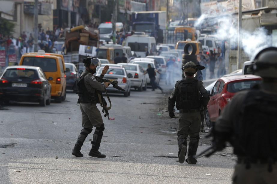Des heurts quotidiens entre manifestants et forces israéliennes... (PHOTO AGENCE FRANCE-PRESSE)