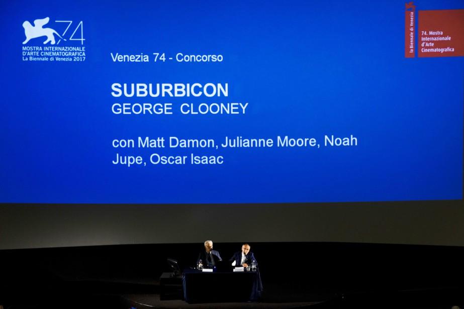 Paolo Baratta (à gauche), président de la Biennale... (PHOTO AP)