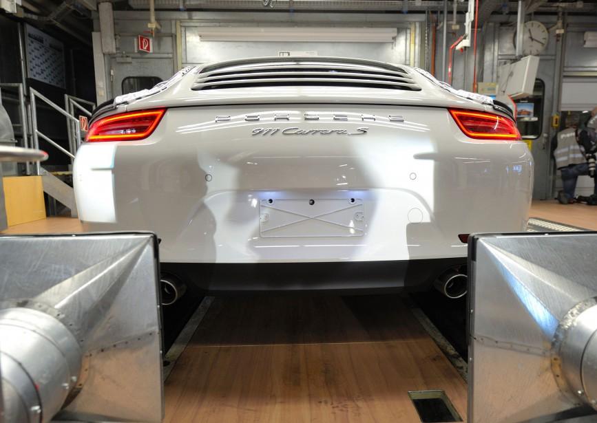 L'Allemagne ordonne le rappel de 22 000 Porsche Cayenne..Découvrez la raison!