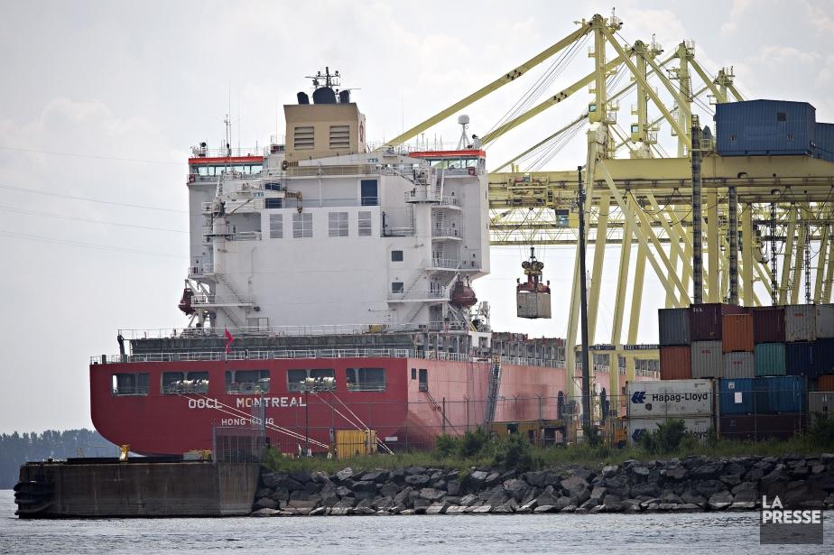 Les migrants interceptés étaient à bord du navireOOCL... (PHOTO PATRICK SANFAÇON, LA PRESSE)