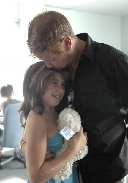 Martin Provencher et sa fille, Mélissa, quelques jours après la disparition de Cédrika. | 30 juillet 2017