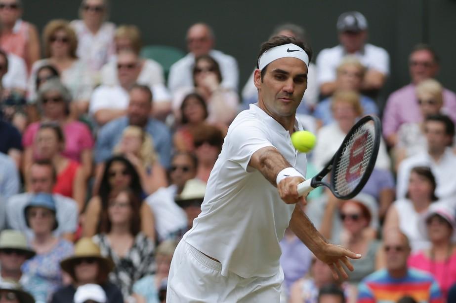 Roger Federer sera de retour à Montréal lors... (PHOTO DANIEL LEAL-OLIVAS, ARCHIVES AGENCE FRANCE-PRESSE)