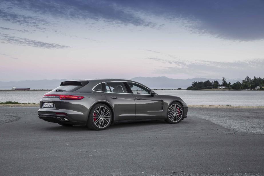 La Porsche Panamera Sport Turismo... | 2017-08-02 00:00:00.000