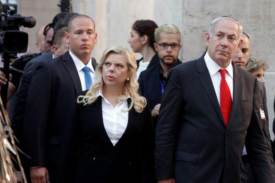 Sara Nétanyahou aurait été interrogée sur des allégations... (PHOTO PETER KOHALMI, archives AFP)