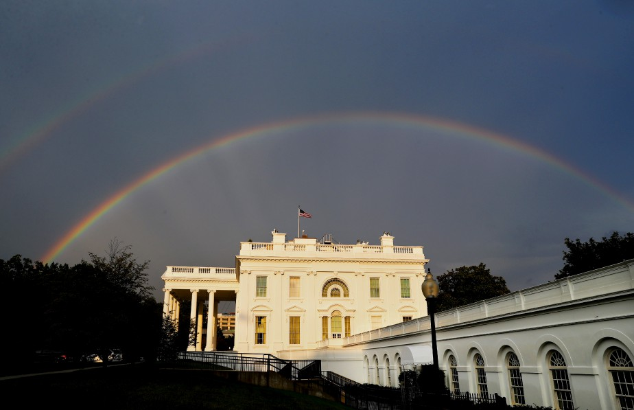 Un double arc-en-ciel se forme au-dessus de la Maison-Blanche, à Washington. | 4 août 2017